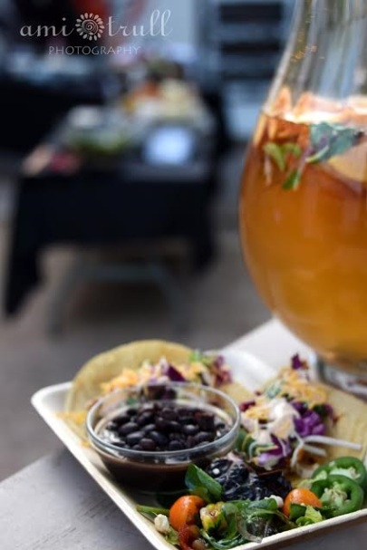 taco-with-sangria-urn-small